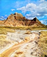 Badlands-Peak-with-Stream