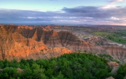 Badlands-Peaks-Sunset-1